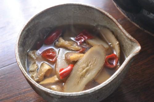 辛ウマ!ごぼう鍋