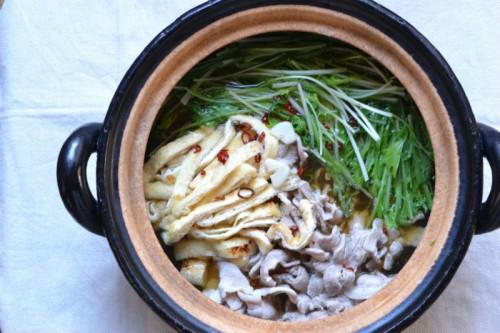 水菜と豚バラ肉のぴり辛鍋